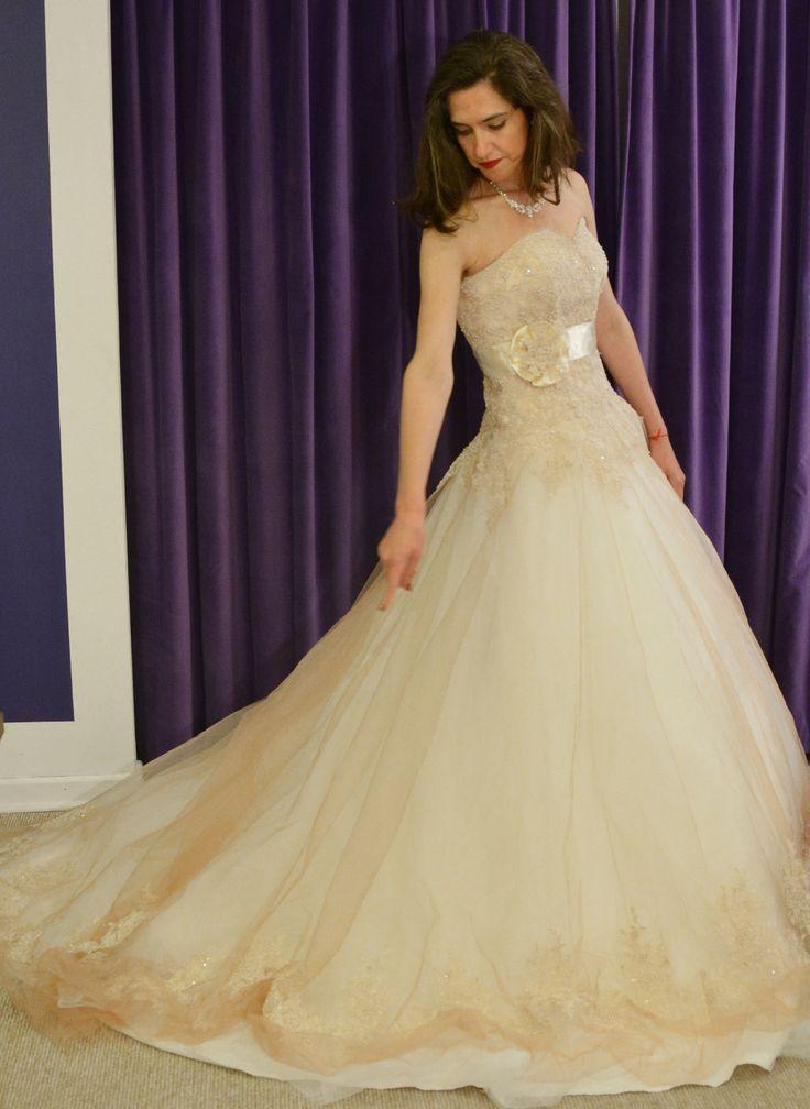 Vestido de novias  http://noviaskarinyalexander.cl/