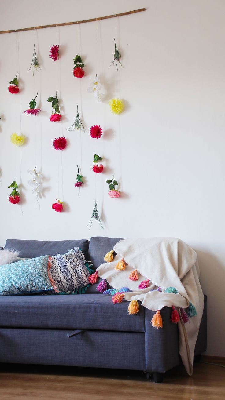 Spring Room Decor & Home Deoration Ideas on a Budget. DIY Fringes, boho style, colour, hanging wall, flowers...