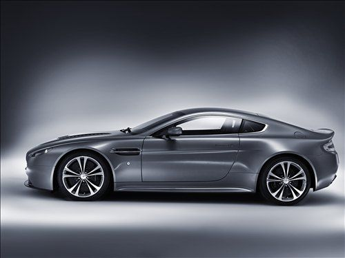 As far as cars go, not much can make my heart beat like an Aston Martin