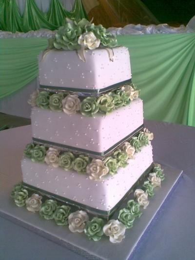 de mariage vert par cakecentral com mariage vert gâteaux de mariage ...