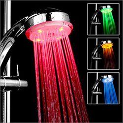 Słuchawka prysznicowa LED - kolorowa woda