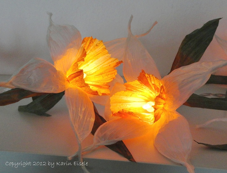 Paper flower fairy lights by Paperilla.