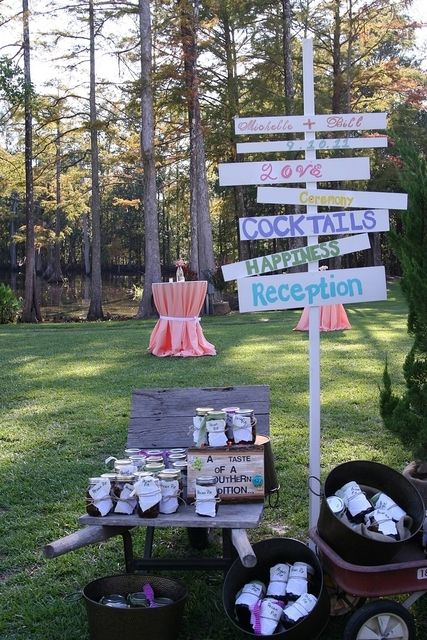 Great vintage wedding signs #wedding #vintage