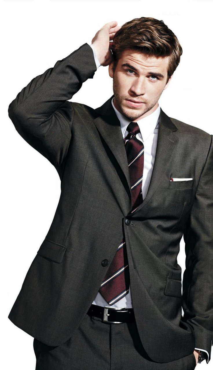 LIAM HEMSWORTH- 1 of my all time fave pics of him!! Gahhhh! so freaking gorgeous!!!
