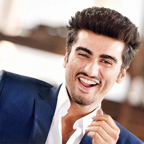 Arjun Kapoor is an Indian Film actor. He was born in Chembur, Mumbai to an Indian film producer named Boney Kapoor and Mona Shourie Kapoor. Surinder Kapoor was his grandfather who is a filmmaker and he is also the nephew of actors Anil Kapoor, Sanjay Kapoor and producer Sandeep Marwah and the first-cousin of actress … Continue reading Arjun Kapoor