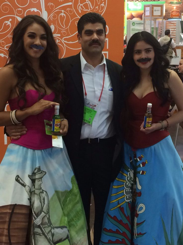 Antad 2014 showing off some #hotsaucystache