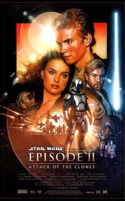 DVD CINE 2463 -II - El ataque de los clones (2002) EEUU. Dir.: George Lucas. Ciencia ficción. Aventuras. Sinopse: corren tenebrosos tempos para a República, que continúa envolvida en loitas e sumida no caos. Un movemento separatista, formado por centenares de planetas e poderosas alianzas encabezadas polo misterioso conde Dooku, ameaza a galaxia. Nin sequera os Jedi parecen capaces de conxurar o perigo. Este movemento provoca o estalido das guerras clon.