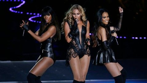 What Beyonce's Halftime Show Really Meant For Women via hellogiggles