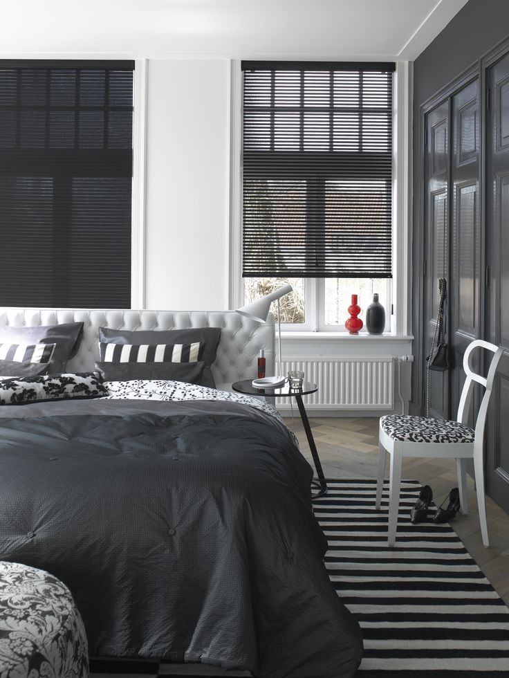 #interior #window #decoration #windowdecoration #design #modern #black #white #grey #blackandwhite #minimalistic #bedroom #bed