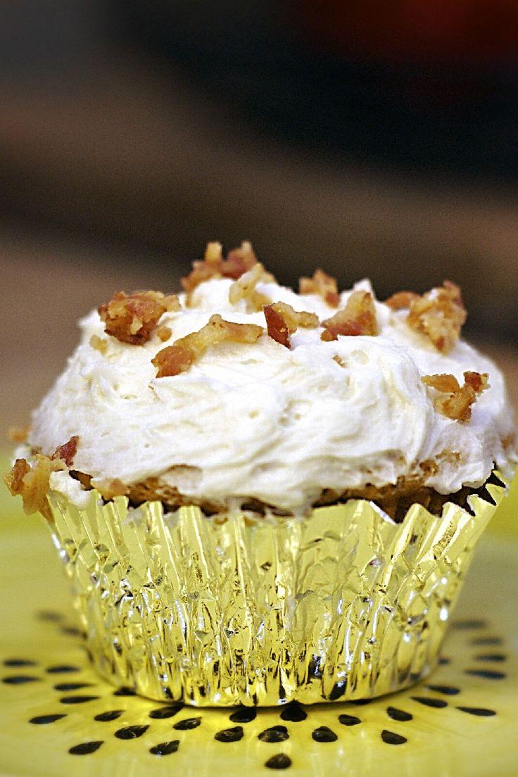 Dark Chocolate Bacon Cupcakes Recipe | CUPCAKES the new black | Pinte ...