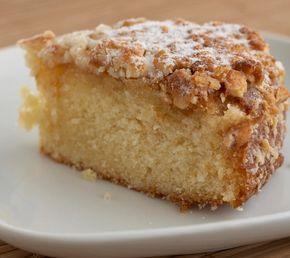 Un gâteau espagnol plein de saveurs d'agrumes, au bon goût d'amandes et de noisettes. Pas compliqué à réaliser, il sera l'allier de vos goûters en plein air, après une bonne marche par exemple!