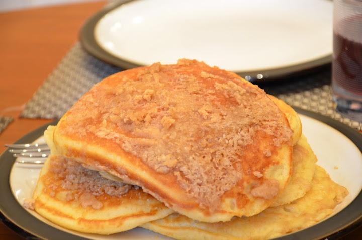 Cinnamon Streusel Pancakes | mmm breakfast | Pinterest
