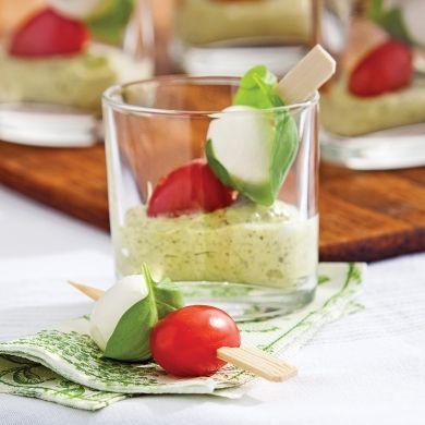 Verrines express de bocconcinis à l'italienne - Entrées et soupes - Recettes 5-15 - Recettes express 5/15 - Pratico Pratique