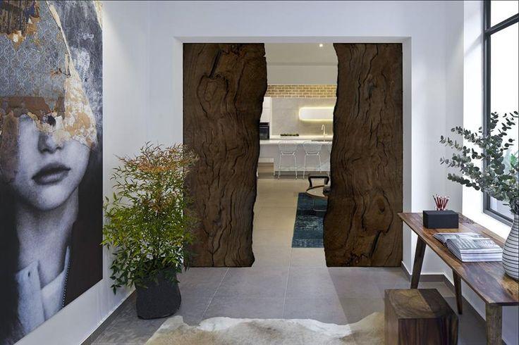 Bog Oak 800-6500 years old office@riverwood.eu Designed by Davide Del Gallo