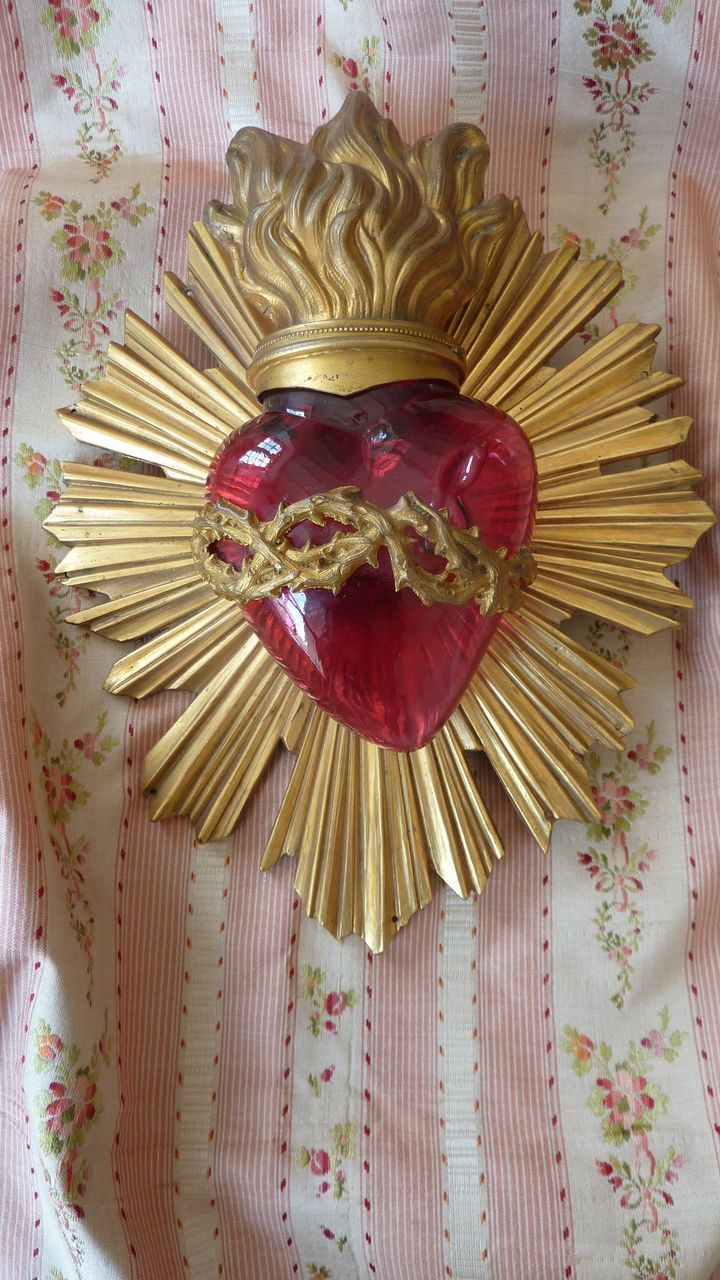 Antique Religious glass ormolu flaming sacred heart, crown of thorns