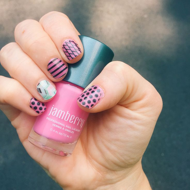 Jamberry nails. Flirt jamberry nail lacquer layered with tinted classics with gelato as an accent nail. Tinted classics jamberry nail wraps. Gelato jamberry nail wraps. @kristy_tatum Instagram