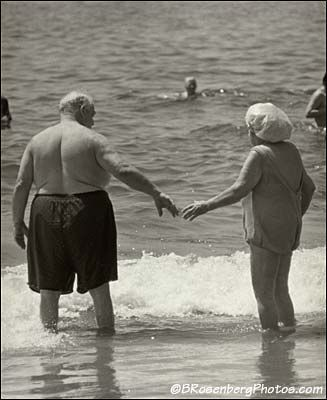 I will hold your hand till the end of timeElder, Growing Together, Hands, True Love Old People, Cute Old People, Enjoy Life, At The Beach, Sweets Note, Couples