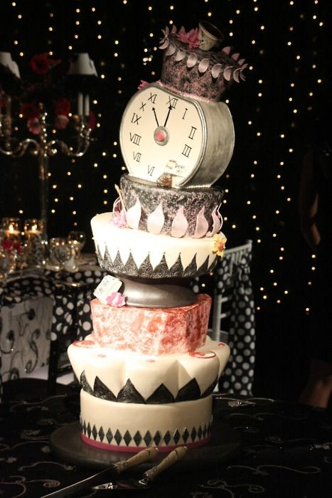 What a cake! i would us this for the new yr
