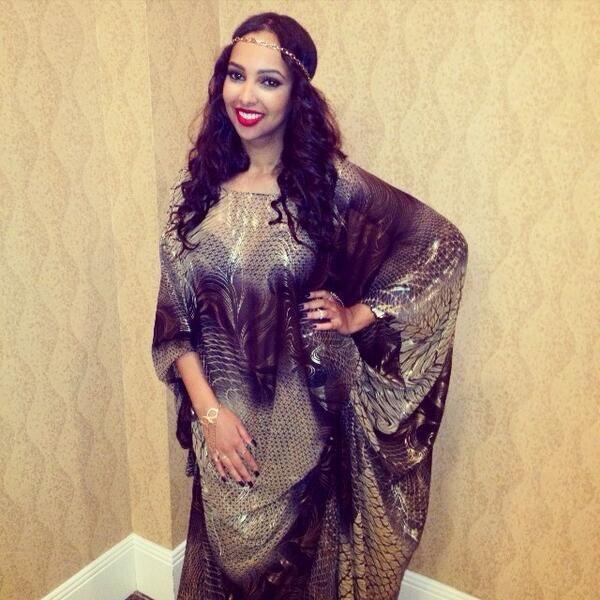 Somali woman wearing traditional somali dress.