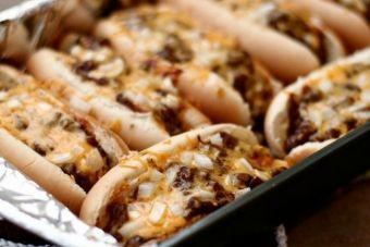 Le hot dog au four tout garni