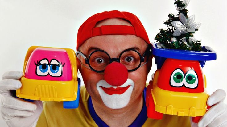 Car Clown's Christmas Tree Toy TRUCK DANCE! Videos for Kids