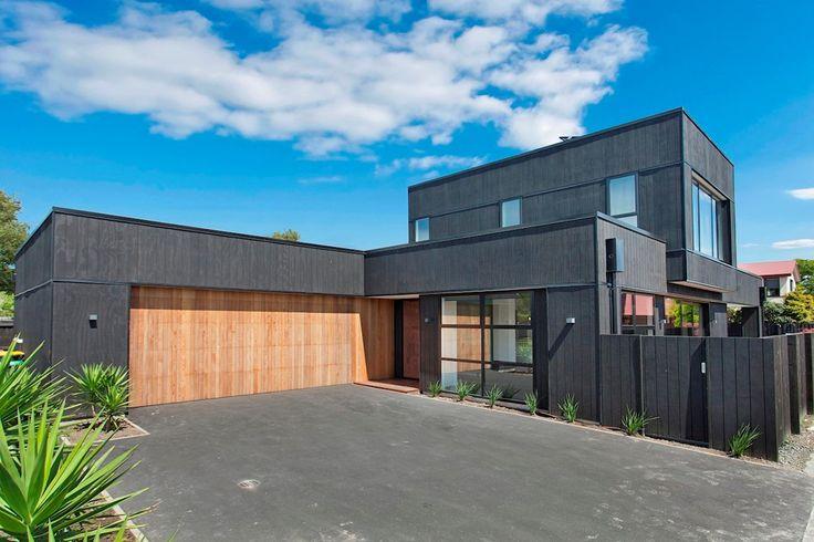 Vertical black cedar, double storey luxury living in the city