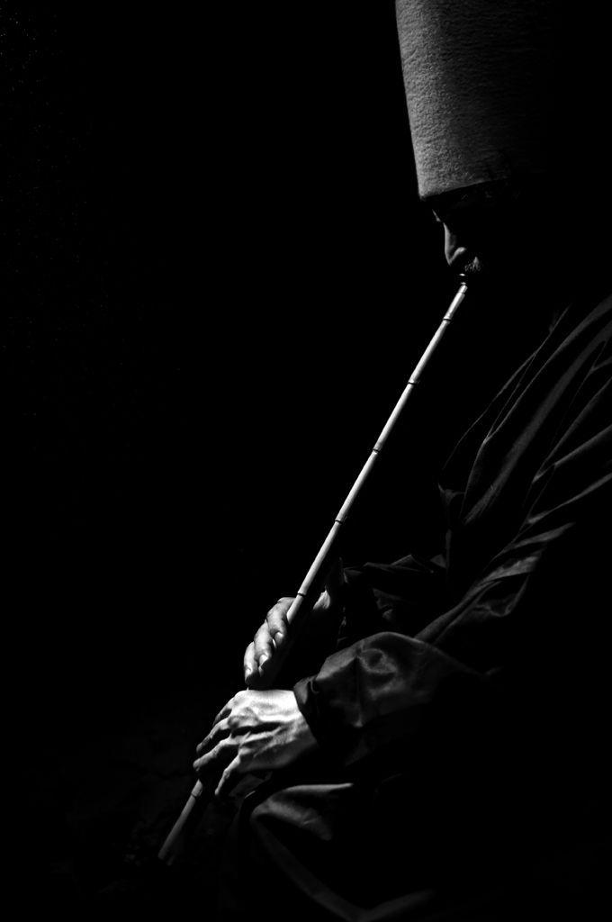 by mehmet mustafa bulakbaşı .  Artemis: he's playing a Ney.