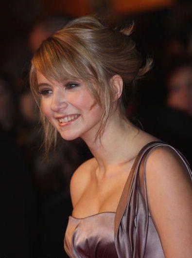 Eliza Bennett, English actress and singer.