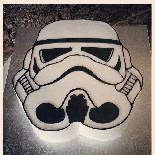 Storm Trooper cake