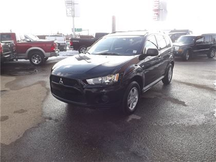 """""""Sport Utility - 2013 Mitsubishi Outlander MAY MADNESS SALE, EVERYONE APPROVED !!! in Edmonton, AB"""""""