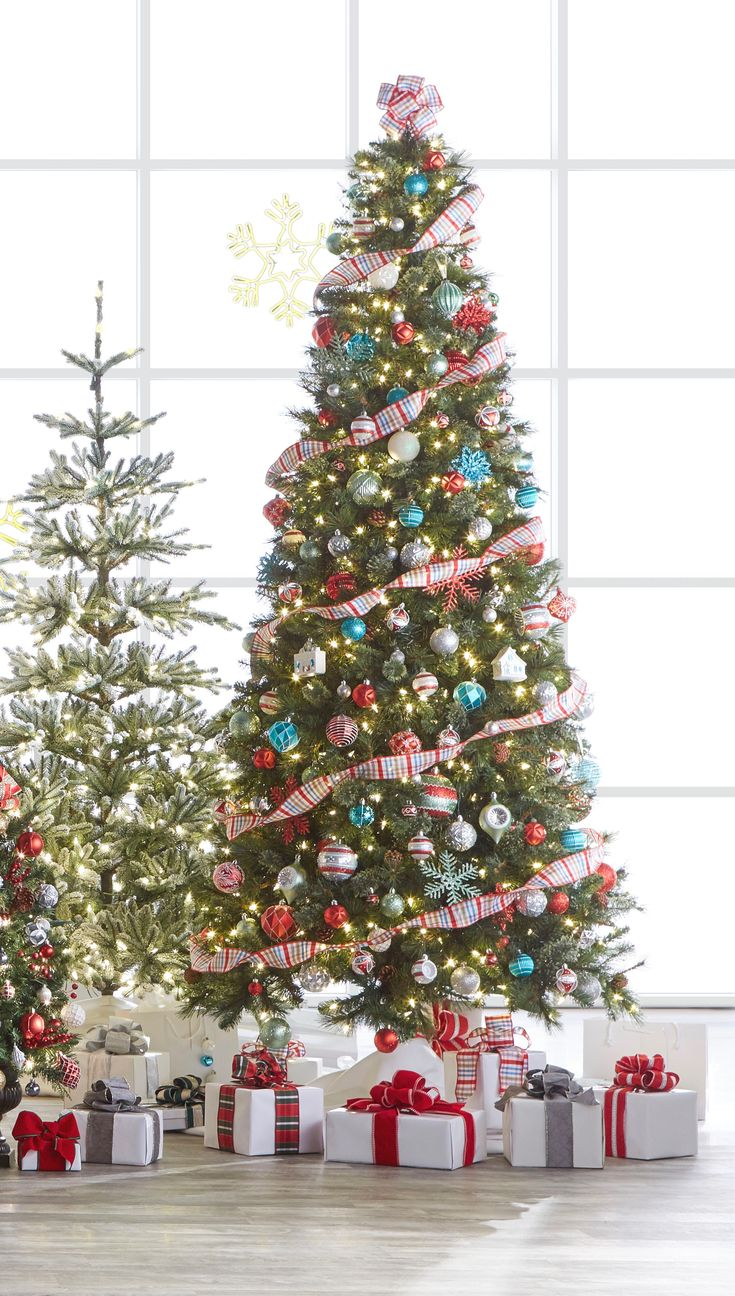 25 unique 9ft christmas tree ideas on Pinterest  Red and gold