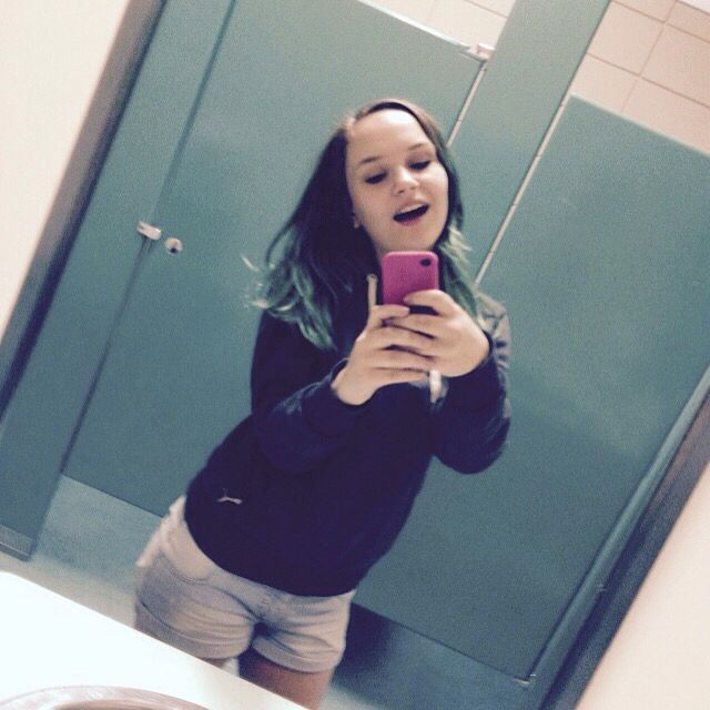 School Bathroom Selfies high school bathroom selfies image gallery - hcpr