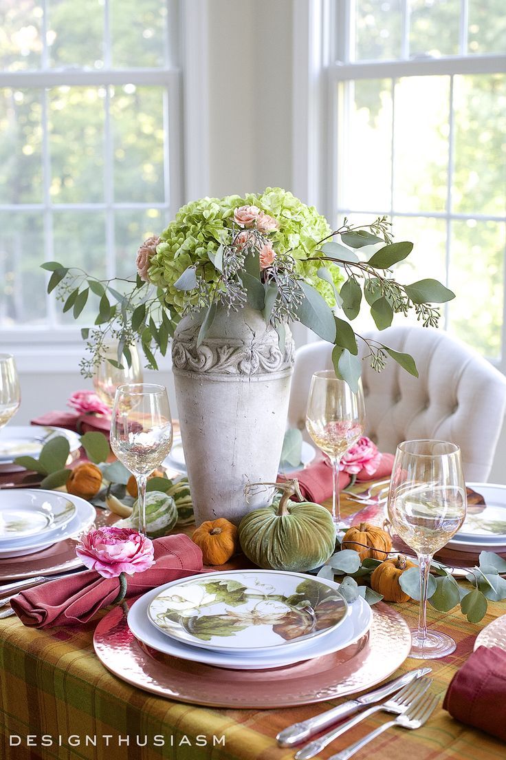 best dinnerwarestablescapes and centerpieces images on