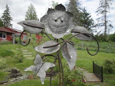 Plasma cut Sun Flower, leaves, and butterfly #diy #welding