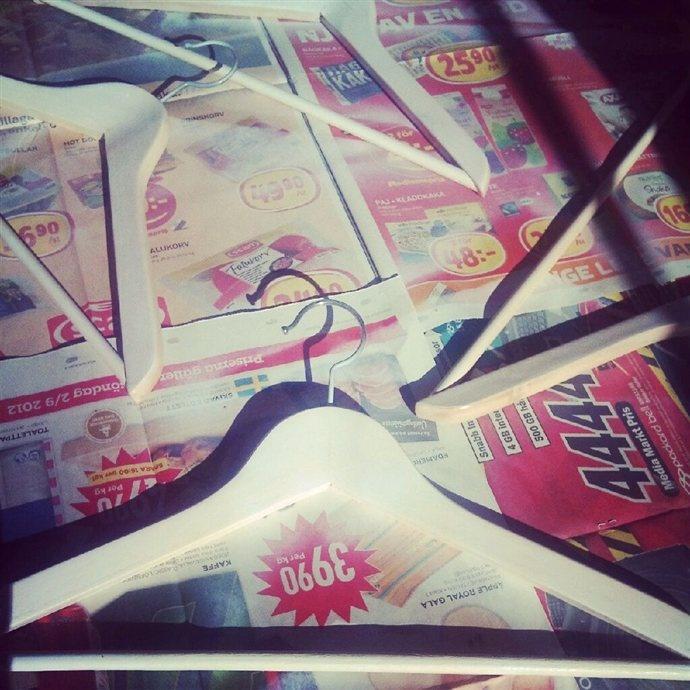 Painting hangers