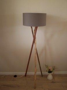 Lampadaire bois et bois flotté : Luminaires par recyclandeco sur ...