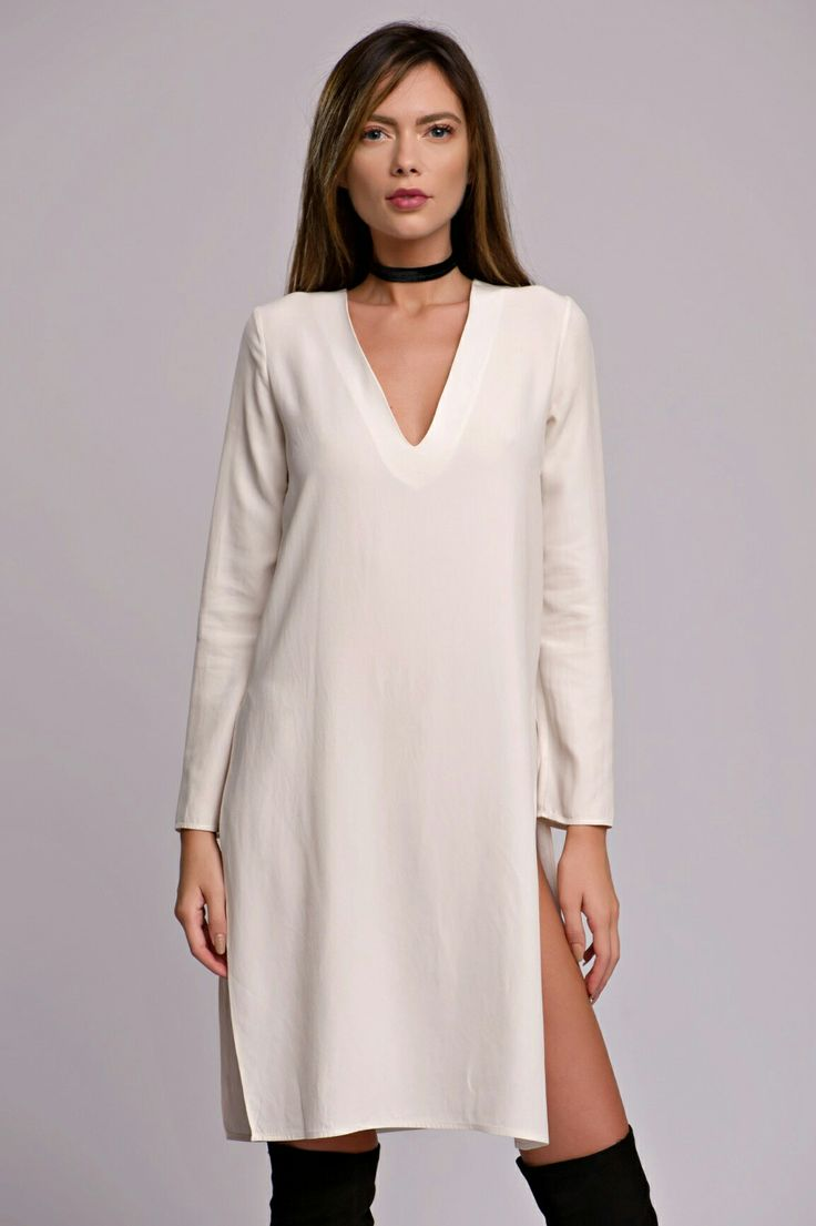 White silk blouse #Whitesilk #silkblouse #slitdress #slit #silk #dress