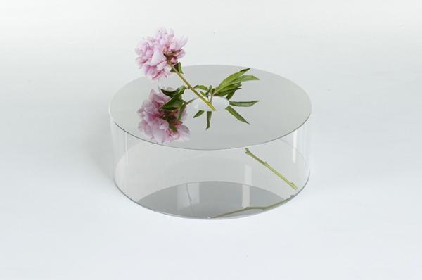 love these mirrored vases by Giorgia Zanellato
