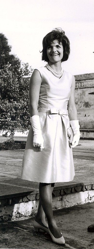 Full jackie kennedy up her skirts tgirl tubes