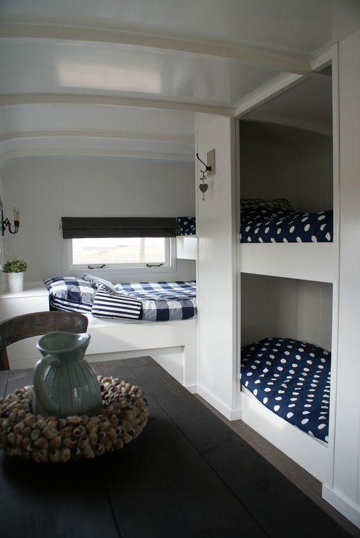 Mooie slaapkamer in kleine ruimte