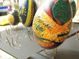 Egg decorating: Egg Decorating