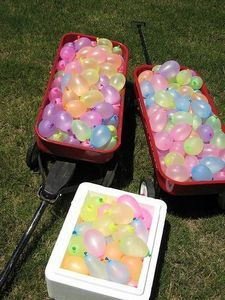 Outdoor Water Birthday Party IdeasWater Parties, Birthday Parties, Water Balloons, Water Birthday, Outdoor Parties, Parties Ideas, Pools Parties, Outdoor Water, Birthday Party Ideas