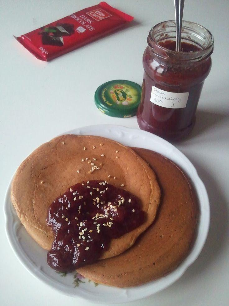 WEGANIZM UDOMOWIONY: Owsiano-bananowe pancakes