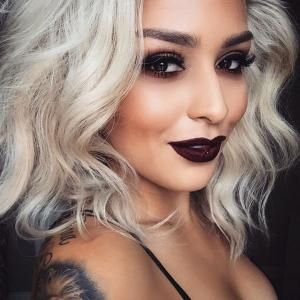 lora-arellano-maquiadora-batom-escuro-diva-estilo