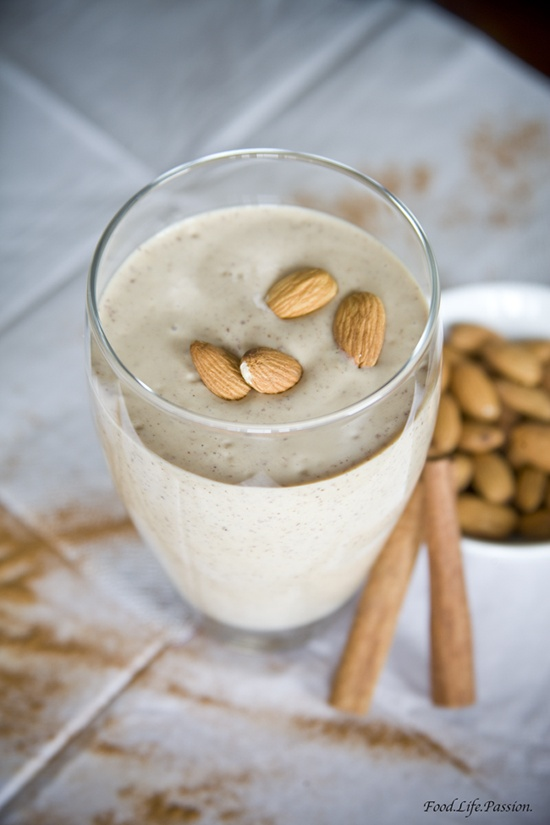 Almond Butter Smoothie | The Body & Health | Pinterest