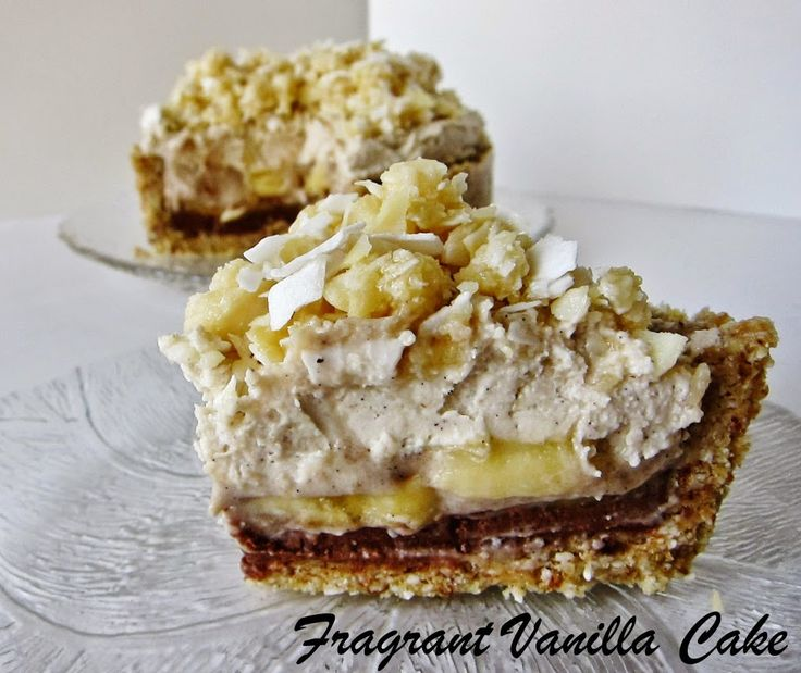 Raw Banana Macadamia Coconut Dream Pie