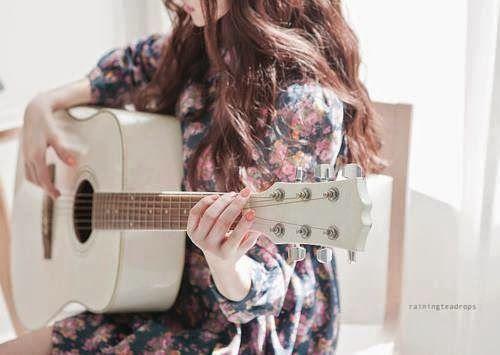 girl with guitar fb dp facebook dp pinterest girls and guitar. Black Bedroom Furniture Sets. Home Design Ideas
