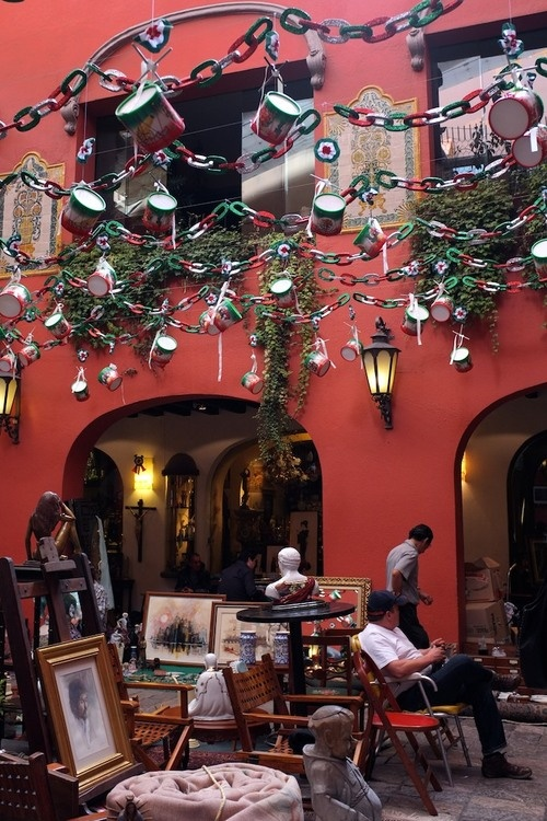 Antique Market, Mexico City — www.loveandrum.com