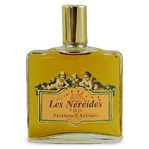 Les Nereides Patchouli Antique Patchouli Antique is a rich and deep aroma of earthy and woody patchoulia, a dark mystery scent of patchouli is softened by powdery vanilla and musk (fragantica.com)