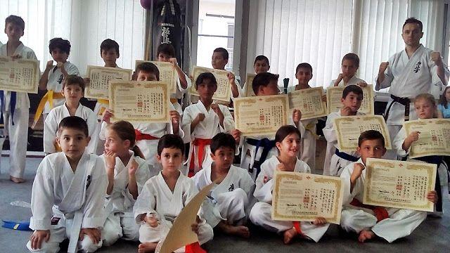 ΓΝΩΜΗ ΚΙΛΚΙΣ ΠΑΙΟΝΙΑΣ: Εξετάσεις έγχρωμων ζωνών στο Kinesis Fight Club Ki...